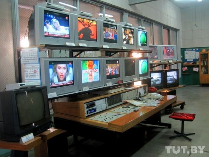 Как в наш дом приходят телепрограммы? Репортаж из Брагинской телерадиостанции