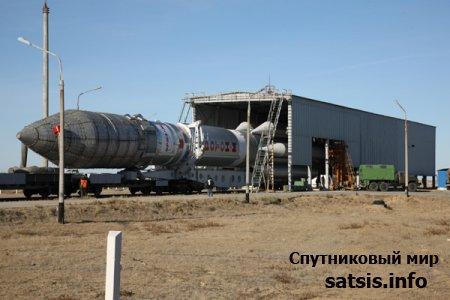 РКН «Протон-М» с РБ «Бриз-М» и КА «Дабл Ю 7» (W7) вывезена на техническую заправочную станцию космодрома Байконур.