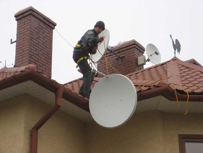 Незарегистрированные антенны снимут с крыш