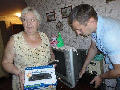 Луганск получил 18 тысяч ТВ-тюнеров для пенсионеров и инвалидов