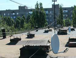 В Мелитополе крыши домов очистят от «левых» антенн