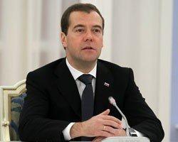 """Депутаты просят Д.Медведева защитить телеканал """"Совершенно секретно"""""""