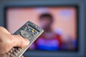 Россия: за платным ТВ больше половины
