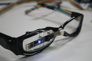 В 2014 году Microsoft выпустит аналог Google Glass