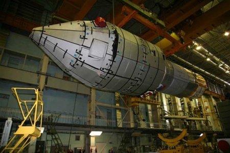 """Запуск первого украинского спутника связи """"Лыбидь"""" отложен до апреля 2014 года — глава космического агентства"""
