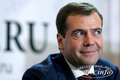 Медведев 6 декабря в прямом эфире подведет итоги работы правительства за год и ответит на вопросы журналистов — Тимакова