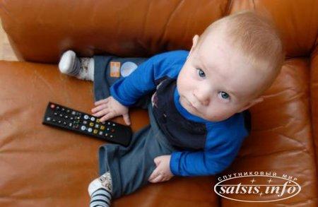 Треть малышей во Франции едят перед экраном телевизора или компьютера — исследование