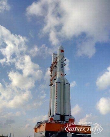 Китай закончил подготовку двигателей ракеты-носителя