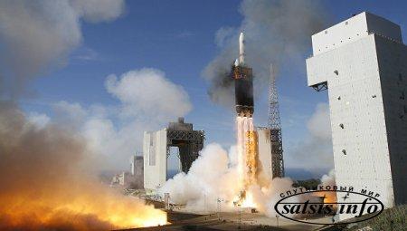 США выводят на орбиту секретный разведывательный спутник