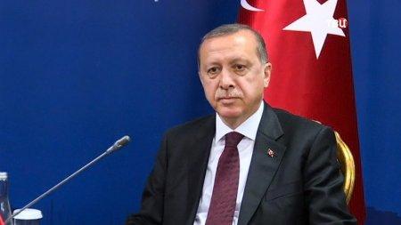 В Турции закрыли 16 телеканалов и 45 газет