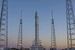 Причиной аварии ракеты Falcon 9 стала трещина в системе подачи гелия