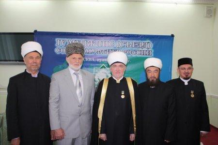 Совет муфтиев России анонсировал создание спутникового телеканала для мусульман