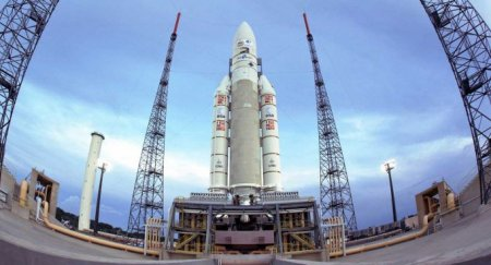 Arianespace закрыло год запуском ракеты-носителя со спутниками Star One D1 и JCSat-15