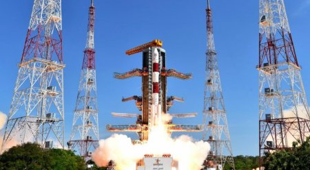 Индия в сентябре запустит ракету с двумя британскими спутниками