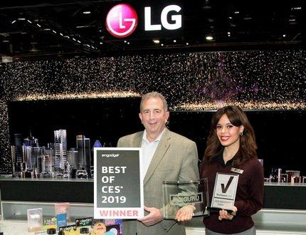 LG получила более 140 наград и премий в различных категориях на выставке CES