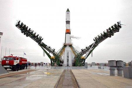 На Байконур доставили спутники связи