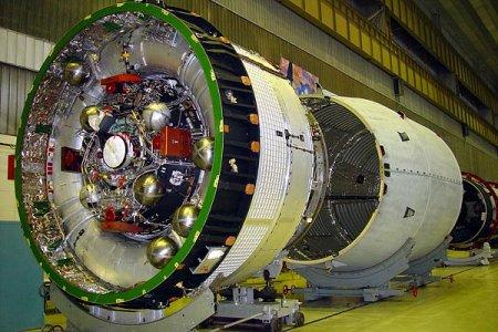 РН «Протон-М» для запуска спутника «Электро-Л» доставлена на Байконур