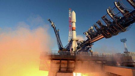 ВКС приняли на управление выведенный на орбиту спутник