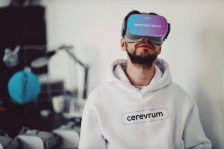Стартап Cerevrum начал поставлять в Россию автономные VR-очки с разрешением 4K