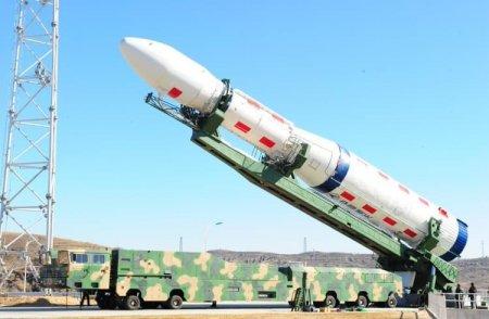 Китай успешно запустил третий спутник мобильной связи