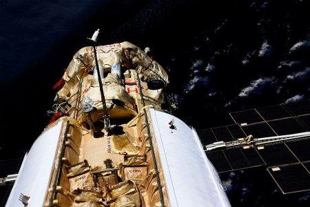 Космонавты на МКС впервые вошли в модуль «Наука»